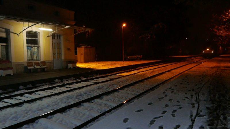 Arrivée d'un train de nuit en gare de Die, 9 november 2016, 23h40