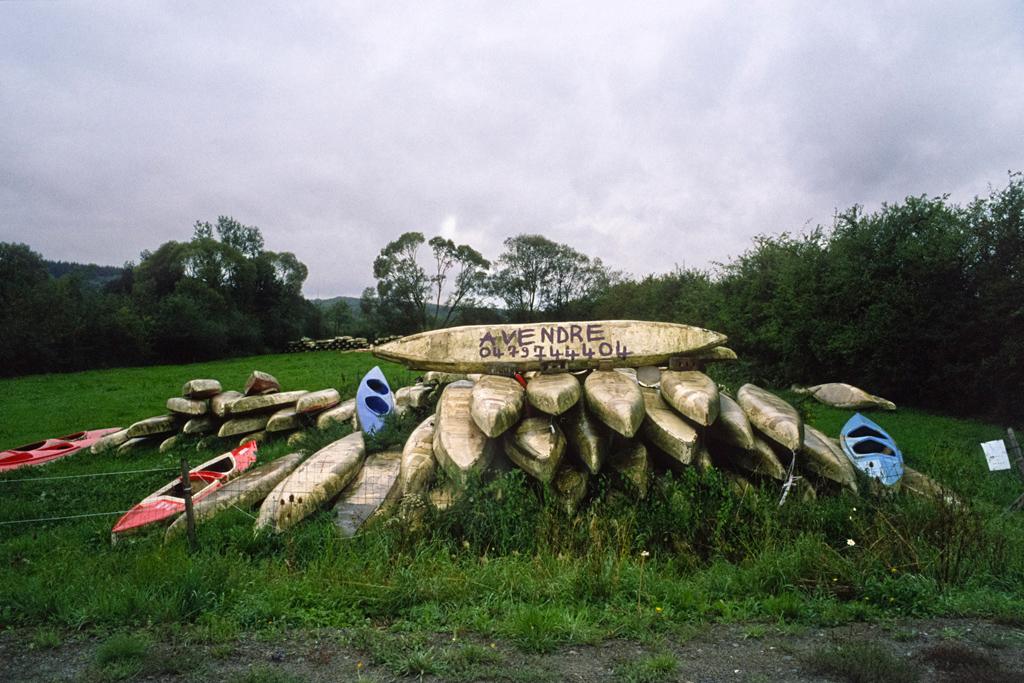 Kayaks, Sinsin, Province de Namur, août 2011