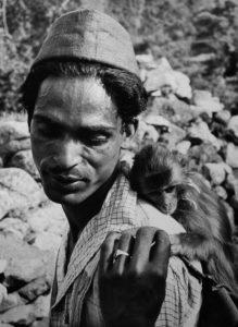 Denis Brihat, Sur la piste du Haut-Gange, 1955